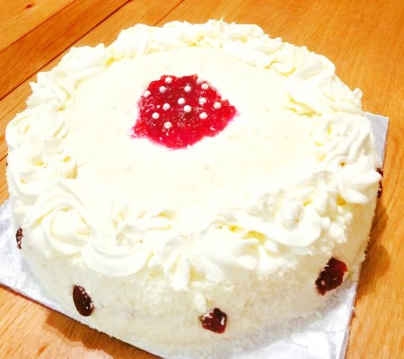 White Chocolate Mousse and Raspberry Gateaux