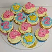 Children's Birthday Cupcakes - Peppa Pig theme