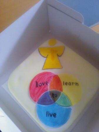 Logo cake - square - gluten-free