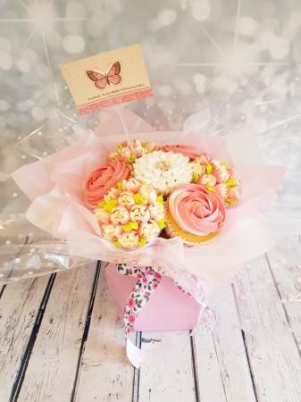 12 Cupcake bouquets-tulip