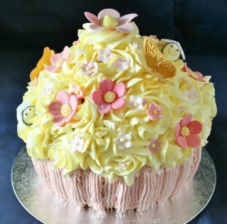 Garden Giant cupcake