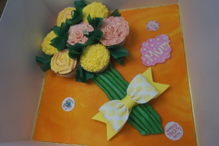 Cupcake bouquet - on board