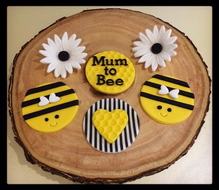 Cupcakes - Baby Shower - Mum to Bee