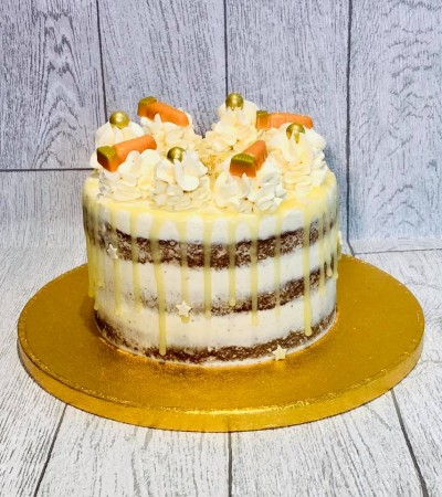 Carrot Cake with spiced buttercream filling