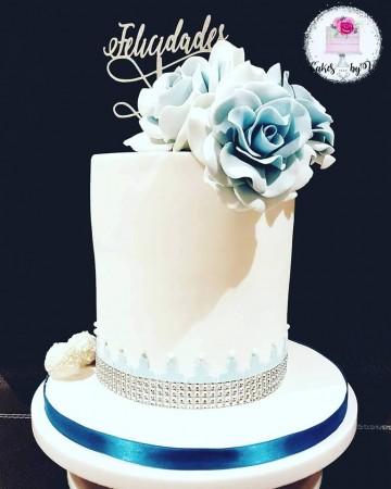 Small Intimate Wedding Cake