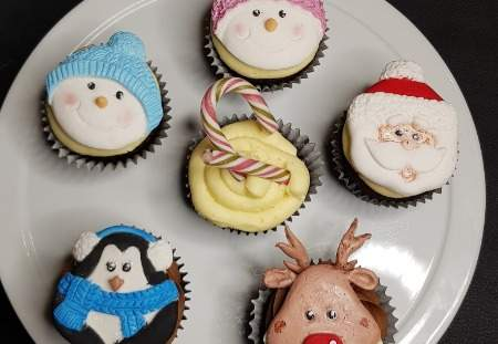 Christmas Cupcakes Option 2