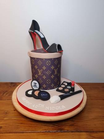 Sponge cake with a Designer shoe