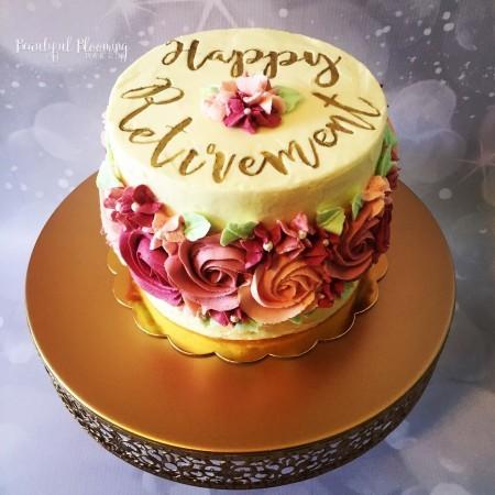 Flower band buttercream cake