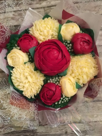 DeluxeCupcake Bouquet
