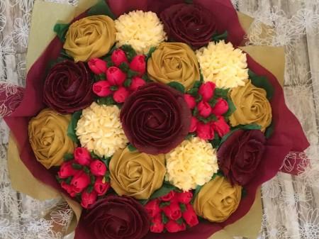 Celebratory Cupcake bouquet