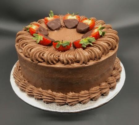 Vegan strawberry and chocolate cake