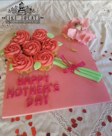 Mother's Day Cup cakes