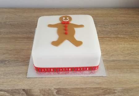 Gingerbread Man Christmas Cake