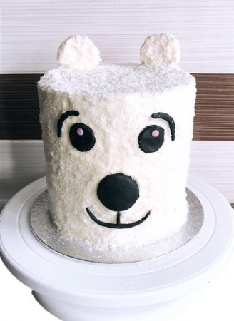 Eggless Polar Bear Cake