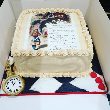 Alice in Wonderland Alice Themed Cake