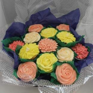 13 bouquet of cupcakes