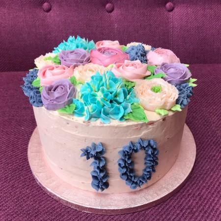 Strawberry buttercream flowers cake