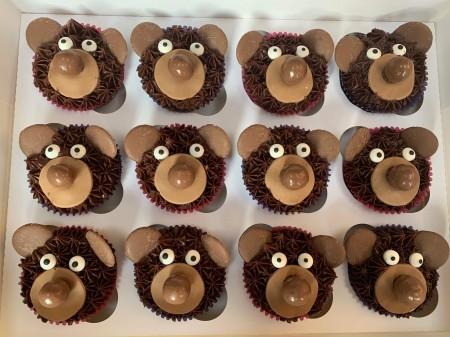 Teddy bear chocolate cupcakes