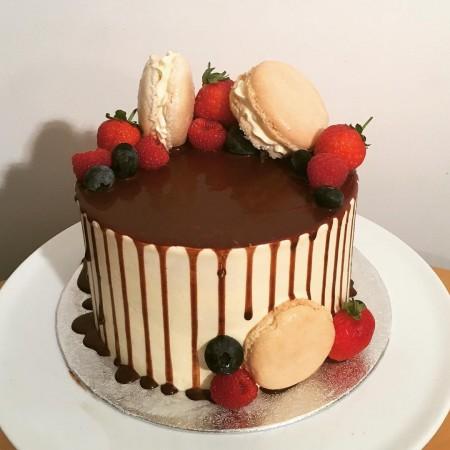 Berry & Macaron Drip Cake