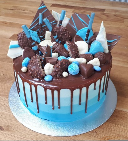 Father's day Chocolate heaven cake with Ombre Effect