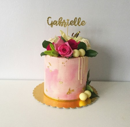 BUTERCREAM CAKE WITH FLOWERS:EXTENDED HEIGHT