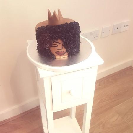 Afro women cake
