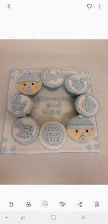 Baby shower/ new mum cupcake board