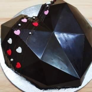*Large dark chocolate geometric heart **POSTED**