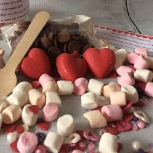 ***Postal***Heart Hot Chocolate Treat Box for One