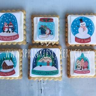 ***Postal*** Christmas Snowglobe Biscuit Box