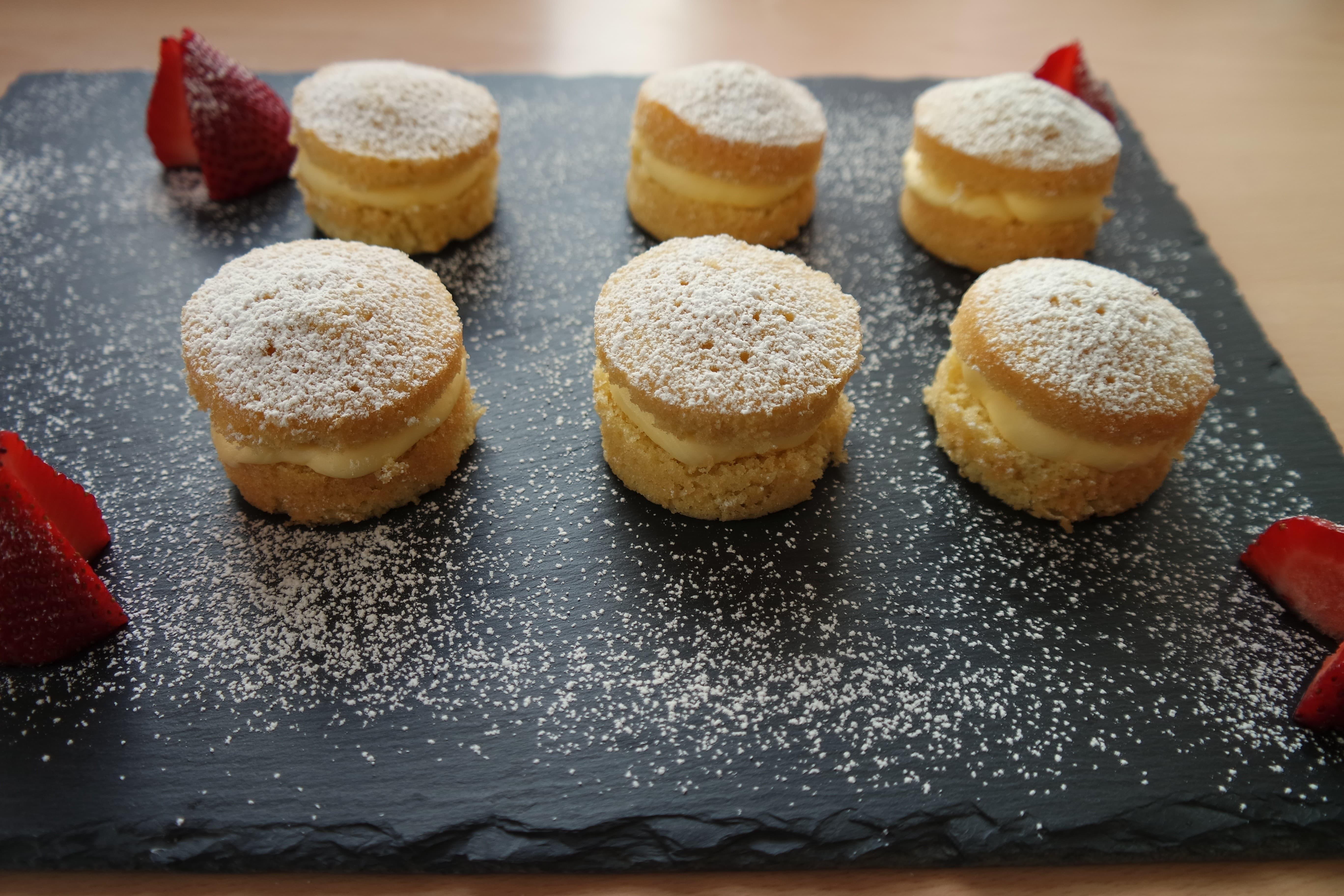 Click to buy mini victoria sponge cakes