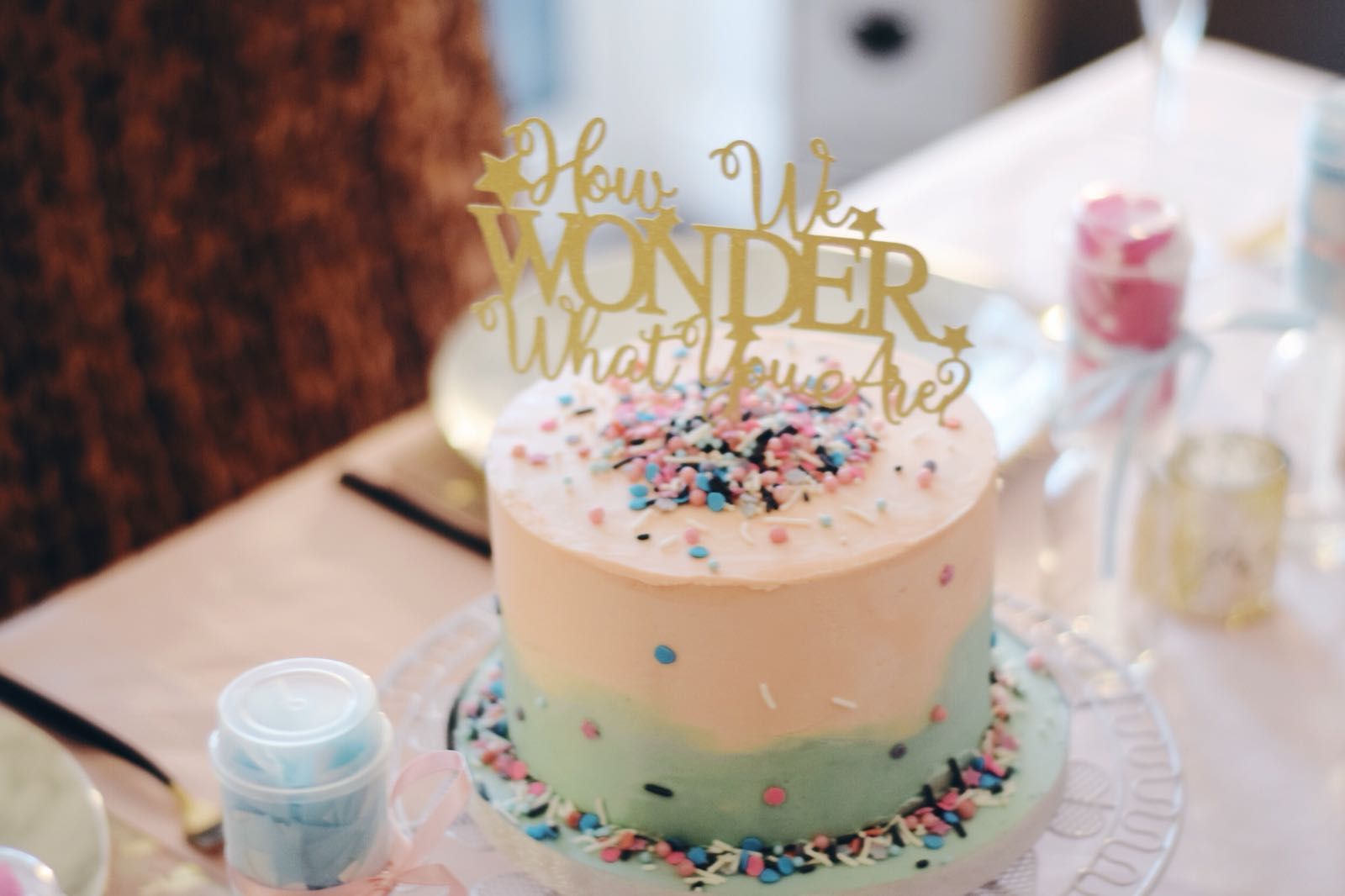 Gender Reveal Pretty Cake
