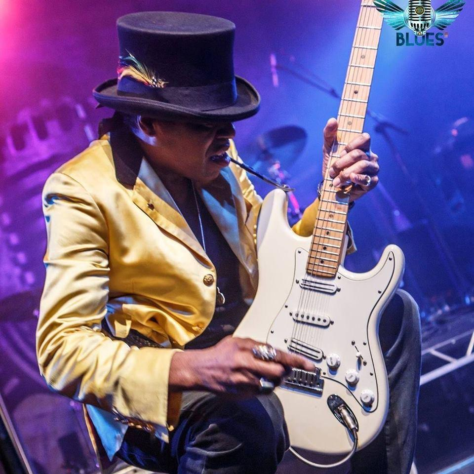 Bank holiday live music -THE ALIX ANTHONY EXPERIENCE