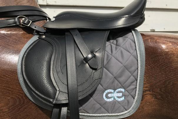 loose-saddles