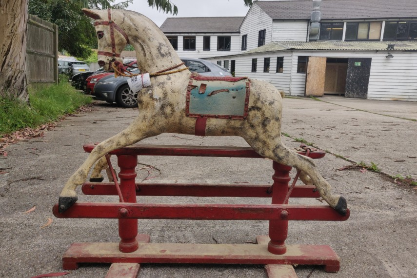 Antique-Smith-Horse-02