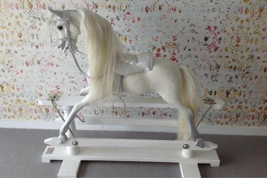unicorn-09-min