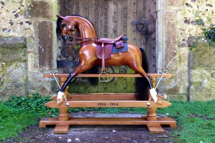 war-horse-01-min