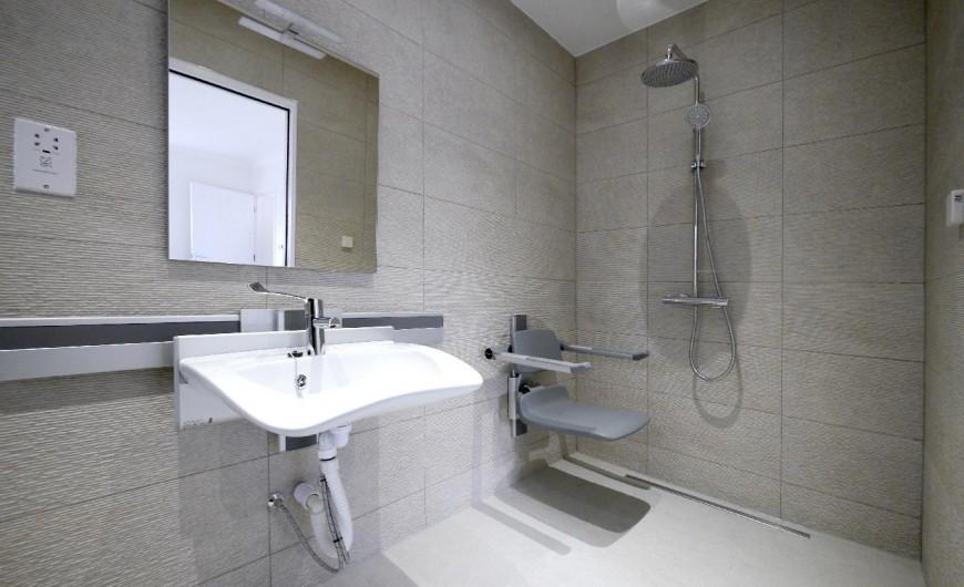 gf-shower_2_