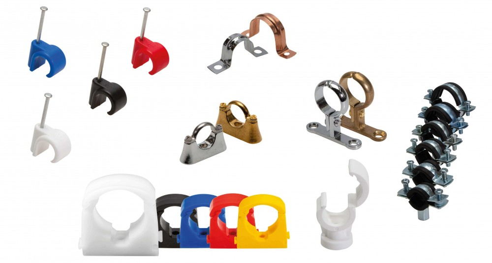 pipe-clips-v2-min